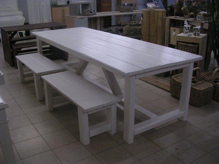 Wit Bankje Eettafel.Tafels Voor Binnen En Buiten Kloostertafel In Vele Maten En Soorten